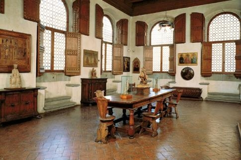 352-352-museo-horne-Museo%20Horne%20interno%201